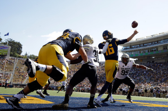 Jared Goff of California (photo by Ezra Shaw)