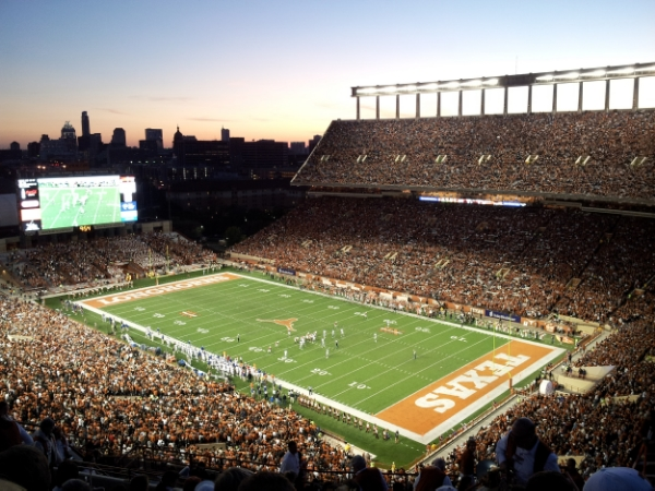 CAL WILL PLAY IN FRONT 100,000 PEOPLE AT DARRELL K. ROYAL TEXAS MEMORIAL STADIUM ON SATURDAY EVENING AT 4:30 PST
