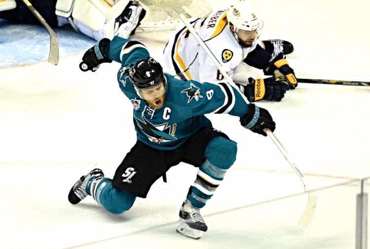 Captain Joe Pavelski celebrates his game-winning goal in Game 2 at the Shark Tank (photo by Tony Avelar)