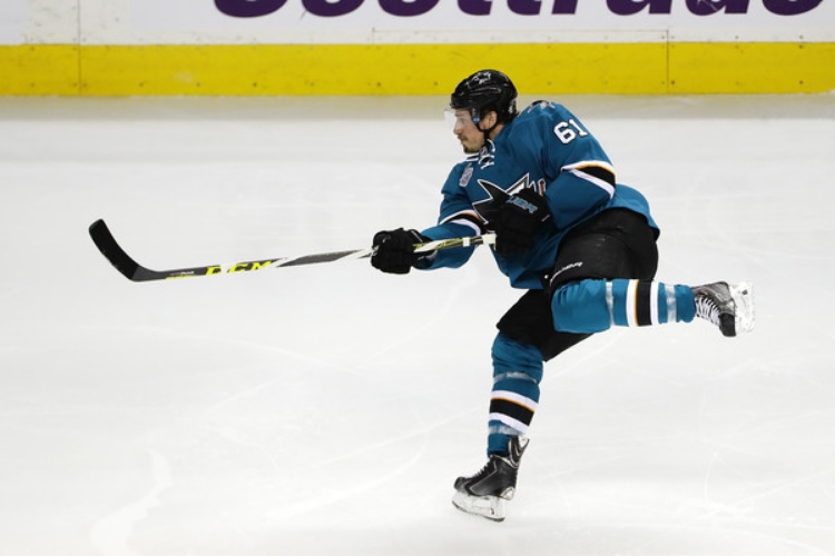 The Sharks' Justin Braun in Game 6 (photo by Ezra Shaw)