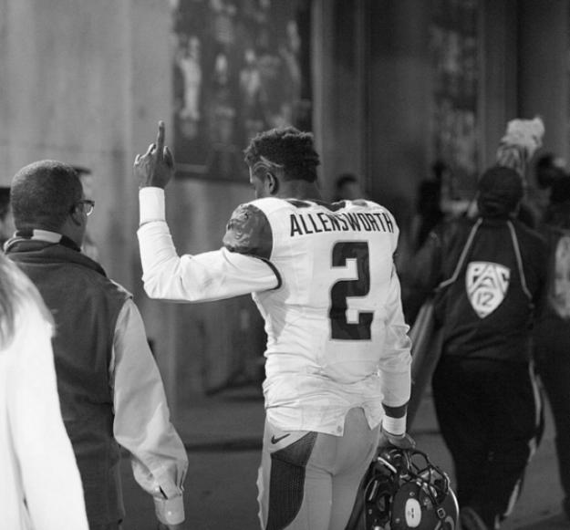 """DA"" will lead the Bears in 2016 as a captain of the Cal defense.(Photo via  www.instagram.com/ovo_da2/ )"