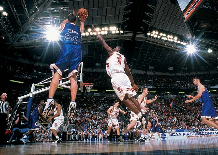 Richie Frahm and Gonzaga beat Stanford in 1999 to go to their first ever Sweet 16. (photo by Robert Beck)