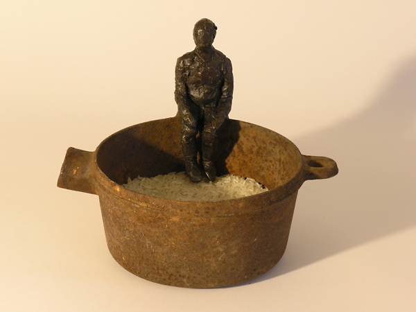 1/4 lb of rice: sculpture Linda Hoffman