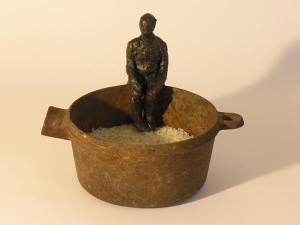 1/4 lb of rice: sculpture Linda Hoffman