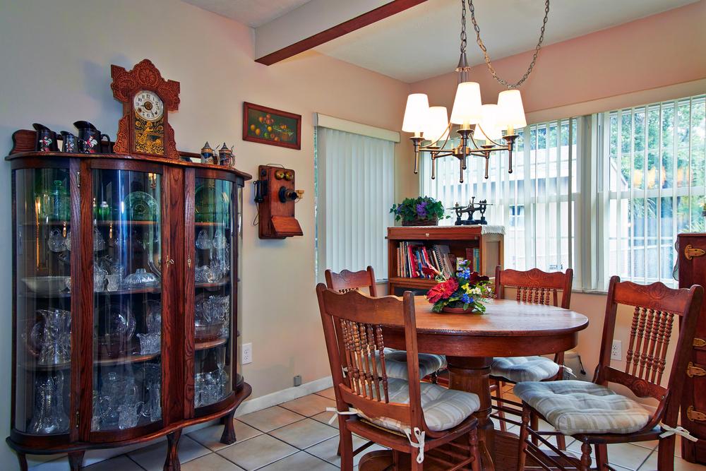 Dining Room3.jpg