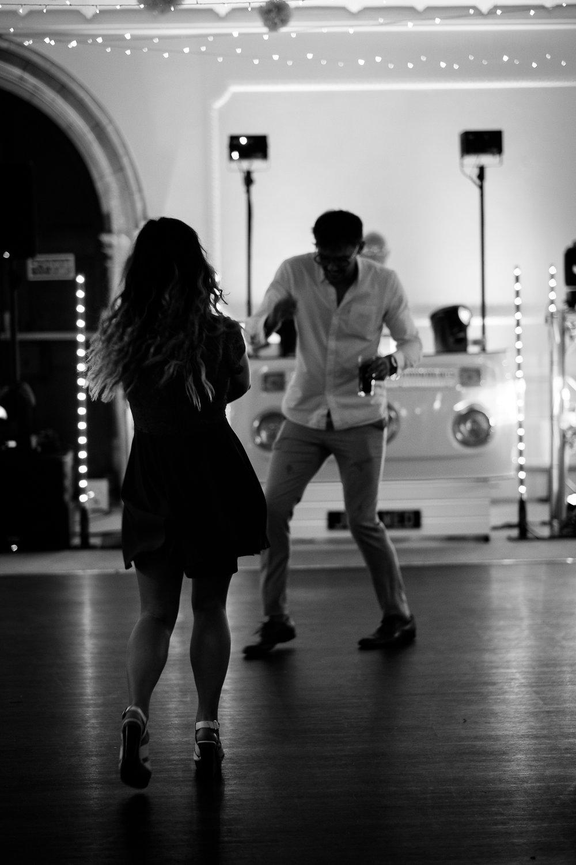 Dancing dancefloor alverton.jpg