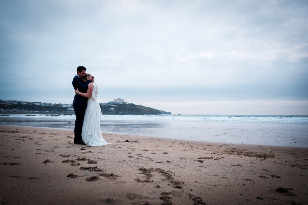 Great Western Beach Newquay wedding.jpg