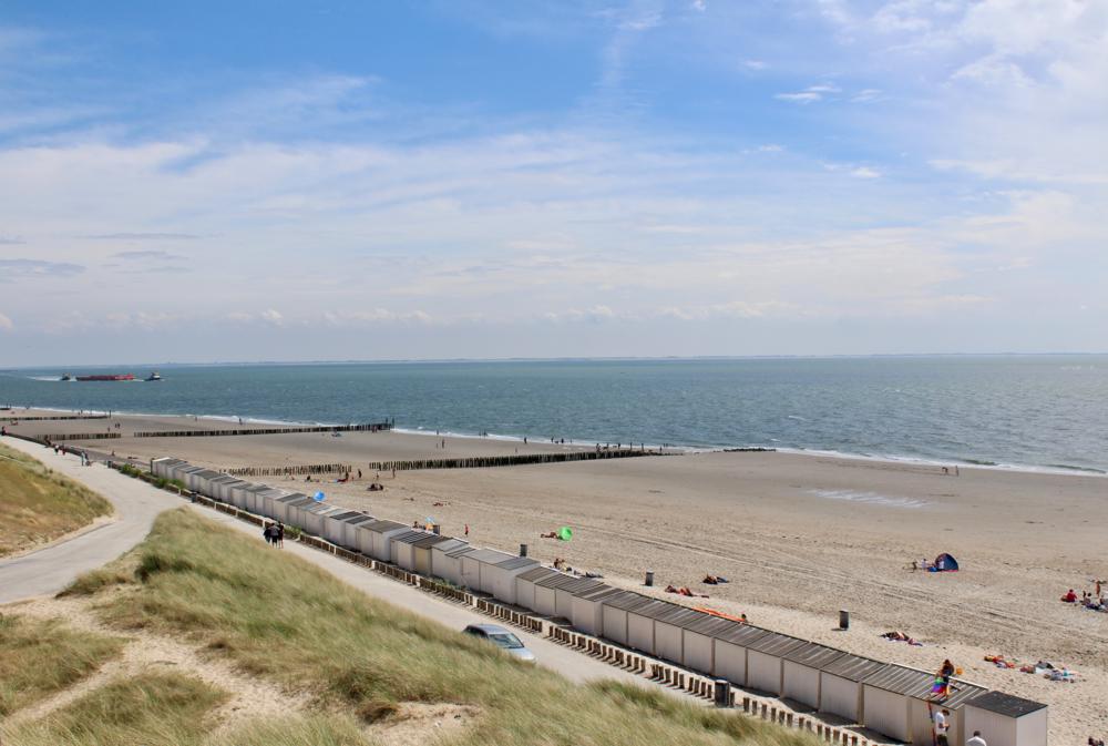 zoutelande uitgestrekt strand.png