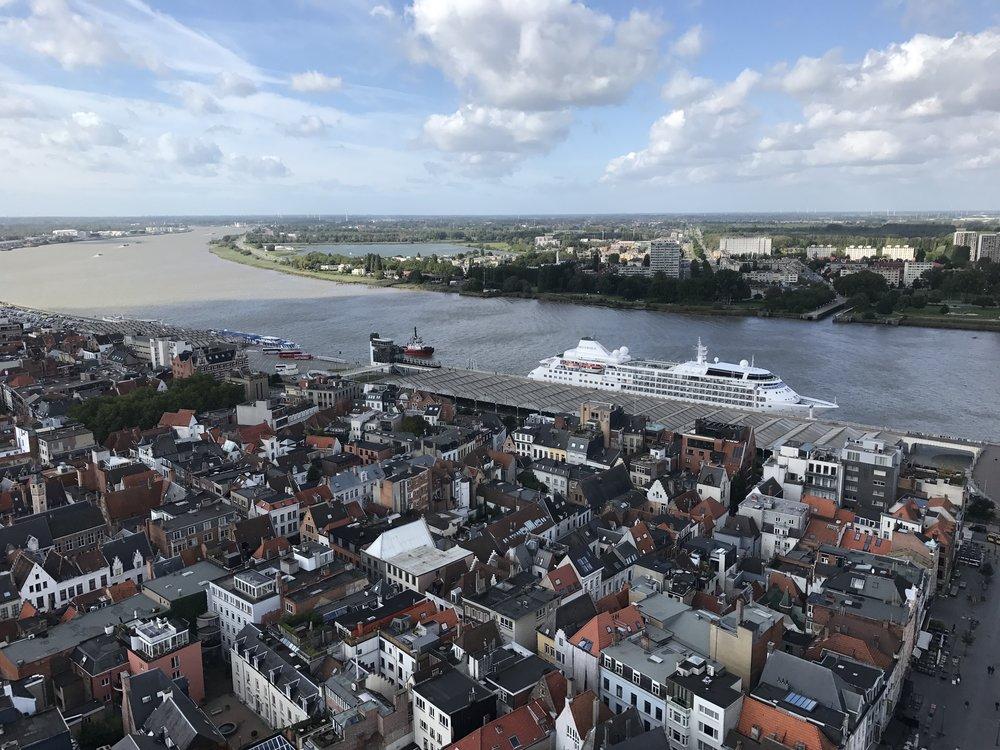 De  kathedraal van Antwerpen  beklimmen. Fenomenaal!