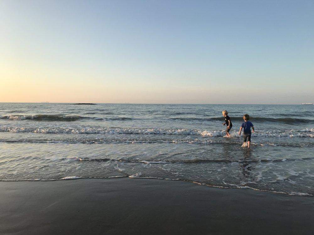 Nog maar eens energie opdoen op het strand van Knokke.