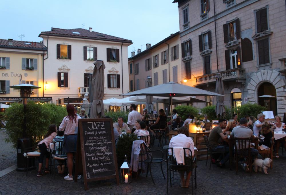 piazza como.png