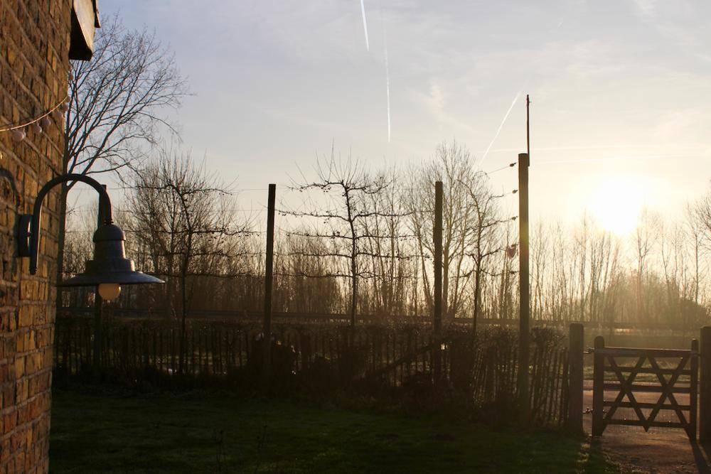 Strakblauwe hemel en een felle ochtendzon. Dat belooft!