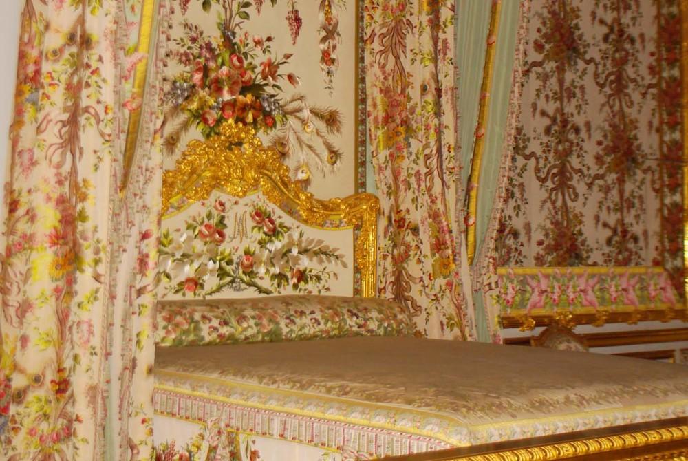 maries-bed-2.jpg