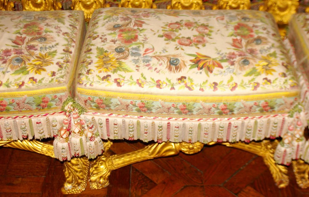 Marie Antoinette's bed chamber viewing stool