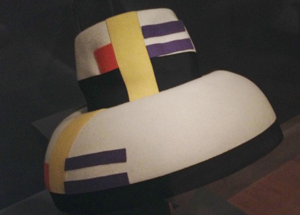 Wool-felt-mondrian-hat.jpg