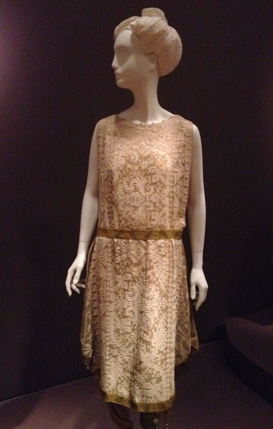 peach-lace-dress.jpg