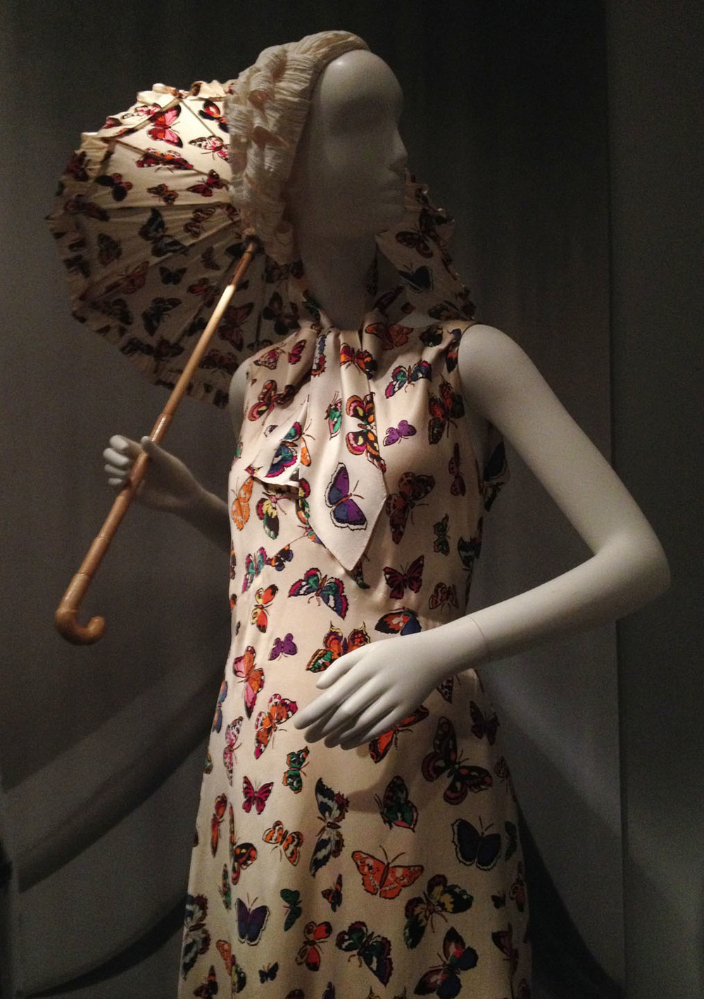 schiaparelli-butterfly-dress-parasol.jpg