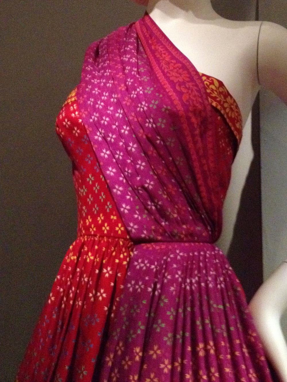 Schnurer-indian-sari.jpg