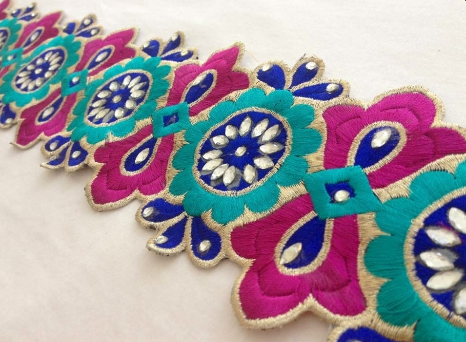 Sequined sewing trim