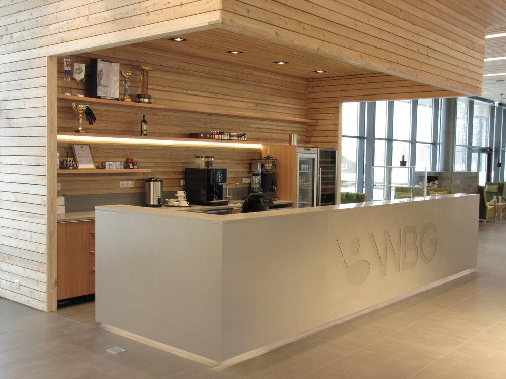 Betoon avalikku ruumi  Oleme teostanud erinevaid avaliku ruumi ja ettevõtete projektide.