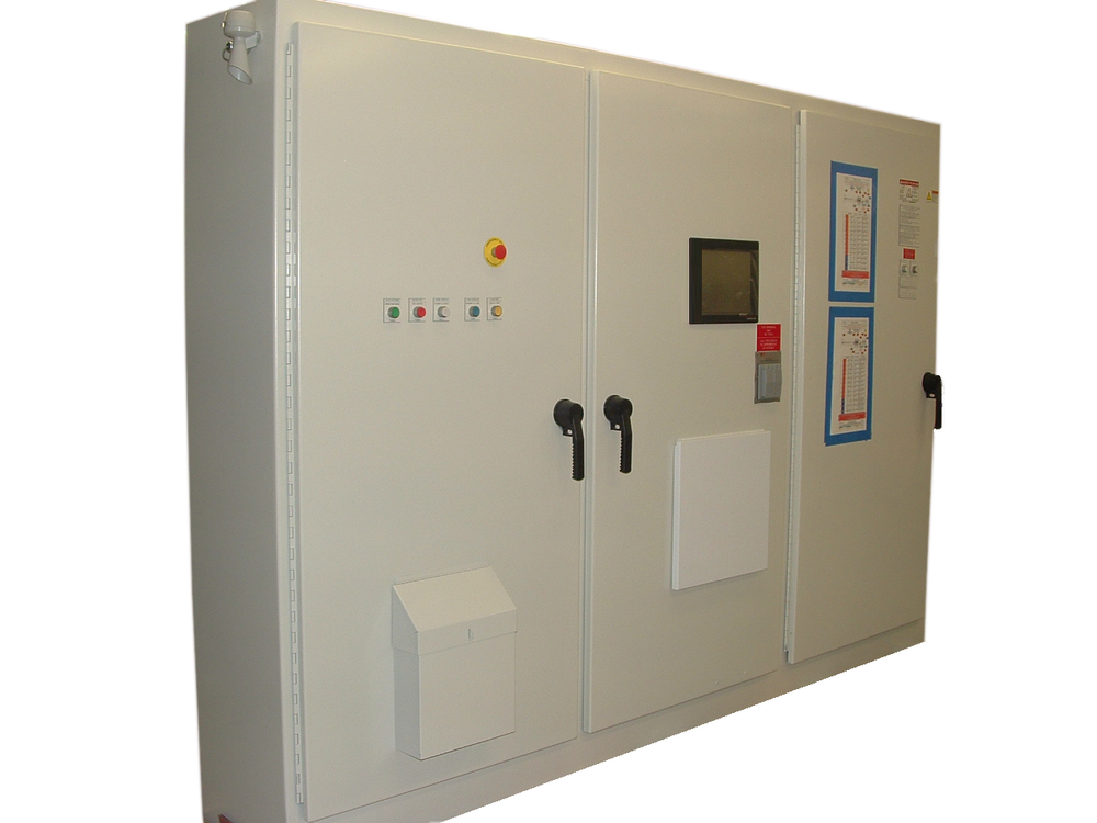 enclosures and power combiners
