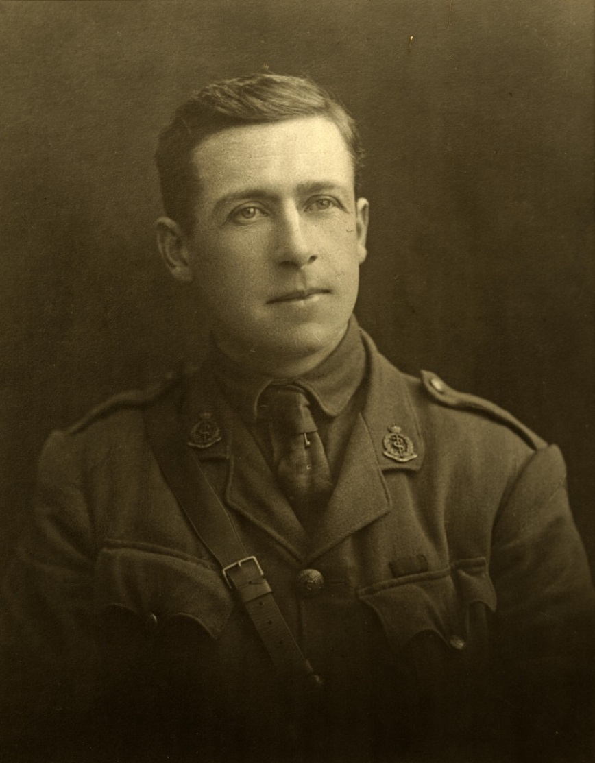 Figure 4: Dr Arthur A Martin in uniform, circa 1915. Reference: 2007P_Pi244_WAR_0024,  Ian Matheson City Archives, Palmerston North City Library