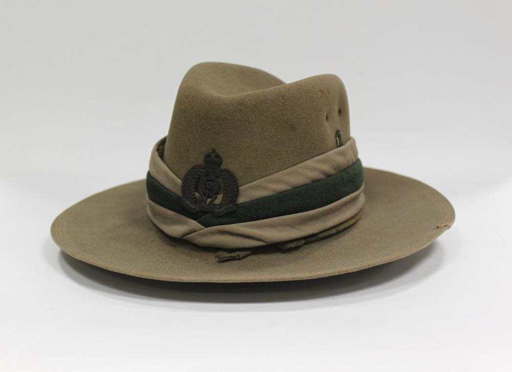 77_156_12 slouch hat.jpg