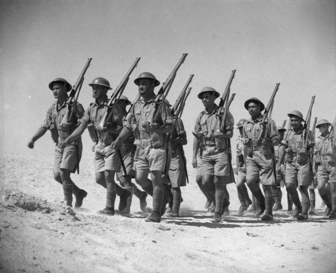 Figure 5: The Maori Battalion training at Maadi, Egypt. Source: National Library of New Zealand, 'Maori Battalion training at Maadi, Egypt', reference DA-01070-F. Accessed 6 October 2016. URL:      https://natlib.govt.nz/records/22904965