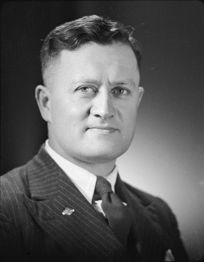 Figure 2: James Clendon Hēnare, photographed circa 1945. Source: National Library of New Zealand (Photographer: Stanley Polkinghorne Andrew), reference # 1/4-020163-F.
