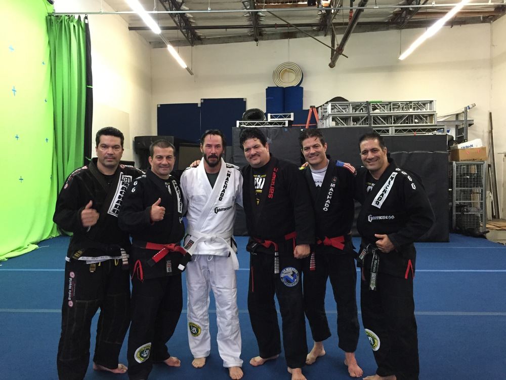 MACHADO BROTHERS TEACHING KEANU REEVES JIU-JITSU
