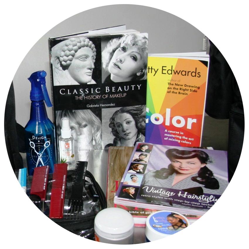 Makeup-kit-1.png