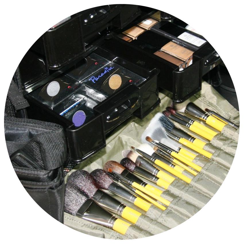 Makeup-kit-5.png