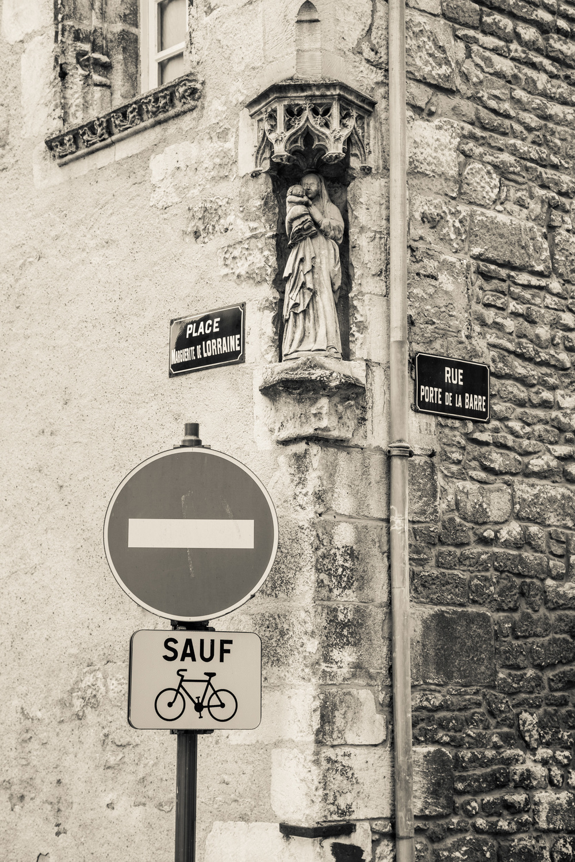 c5d2_france_norm_alencon_walk-24.jpg