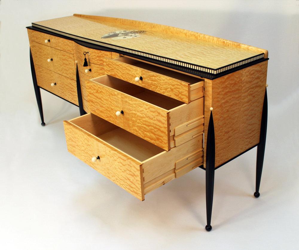 cabinet4.jpg