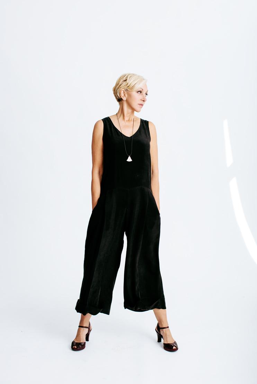 gia_goodrich_scarlet_chamberlin_nancy_hales_vev_studios_kerrin_birchenough_portland_fashion_vattican_07.jpg