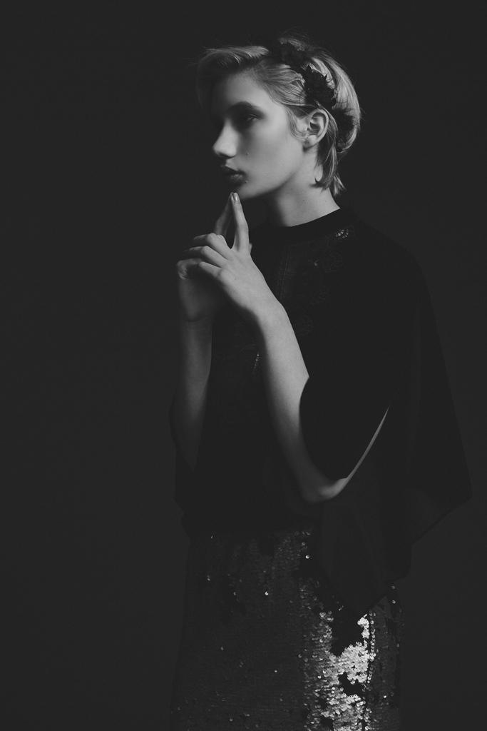 portland_fashion_photographer_gia_goodrich_art_director_kimberly_hoeschler_roster_reps_victorian_beauty_10.jpg