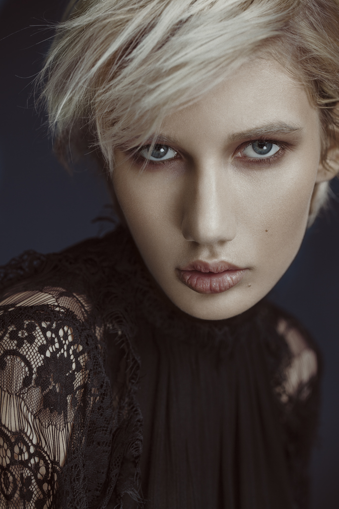 portland_fashion_photographer_gia_goodrich_art_director_kimberly_hoeschler_roster_reps_victorian_beauty_15.jpg