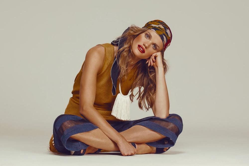 portland_fashion_photographer_gia_goodrich_70s_fashion_editorial_tasha_green_ailsa_hopper_court_11.jpg