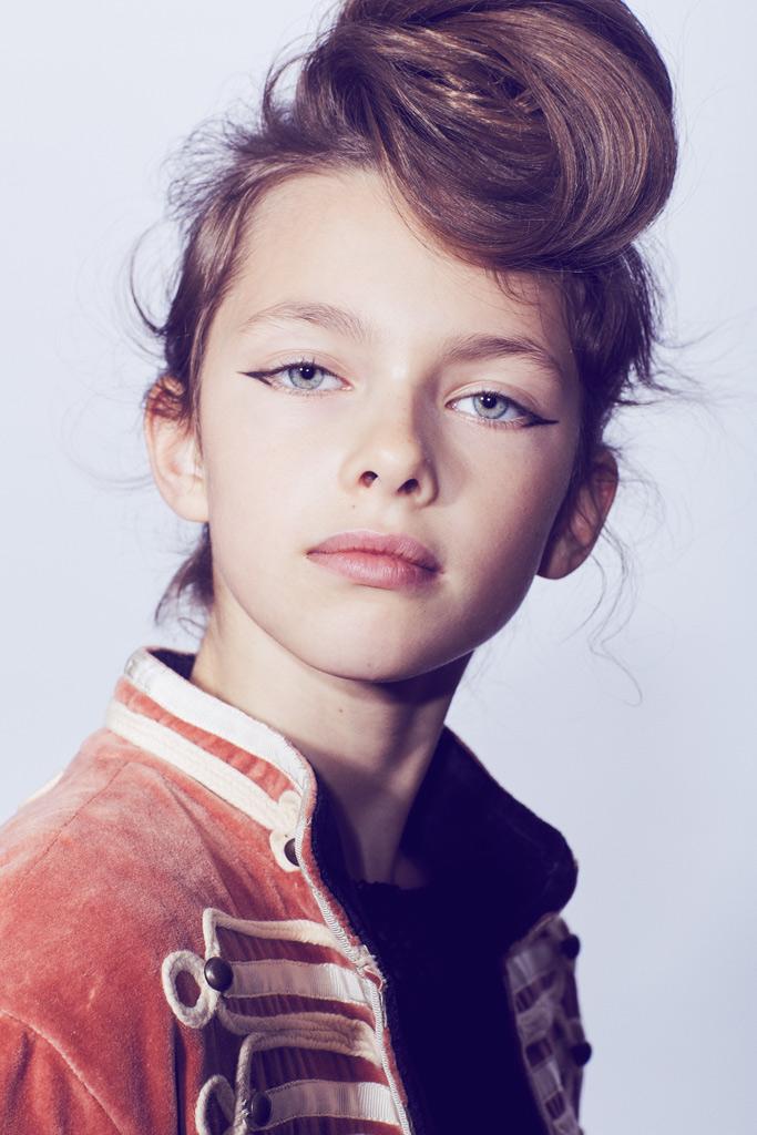 leather_kid_teenager_fashion_editorial_gia_goodrich_kimberly_briggs_blitz_00.jpg