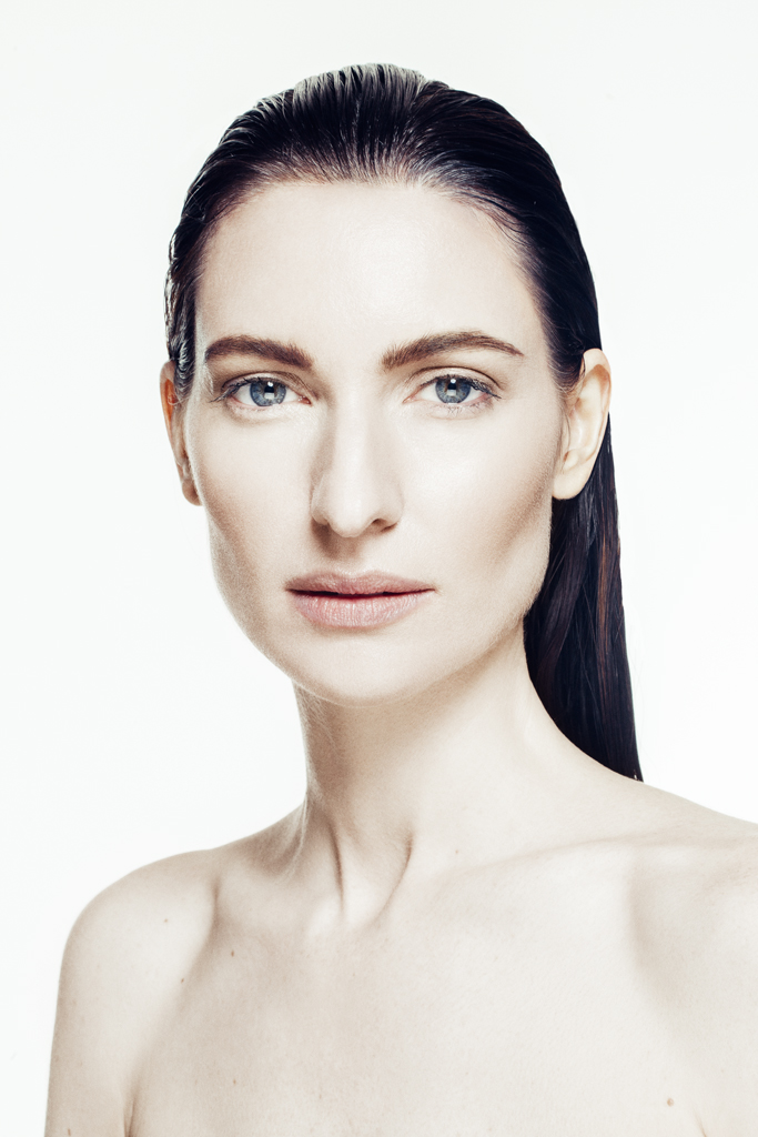 gia_goodrich_award_winning_beauty_photographer_skincare_campaign_3.jpg