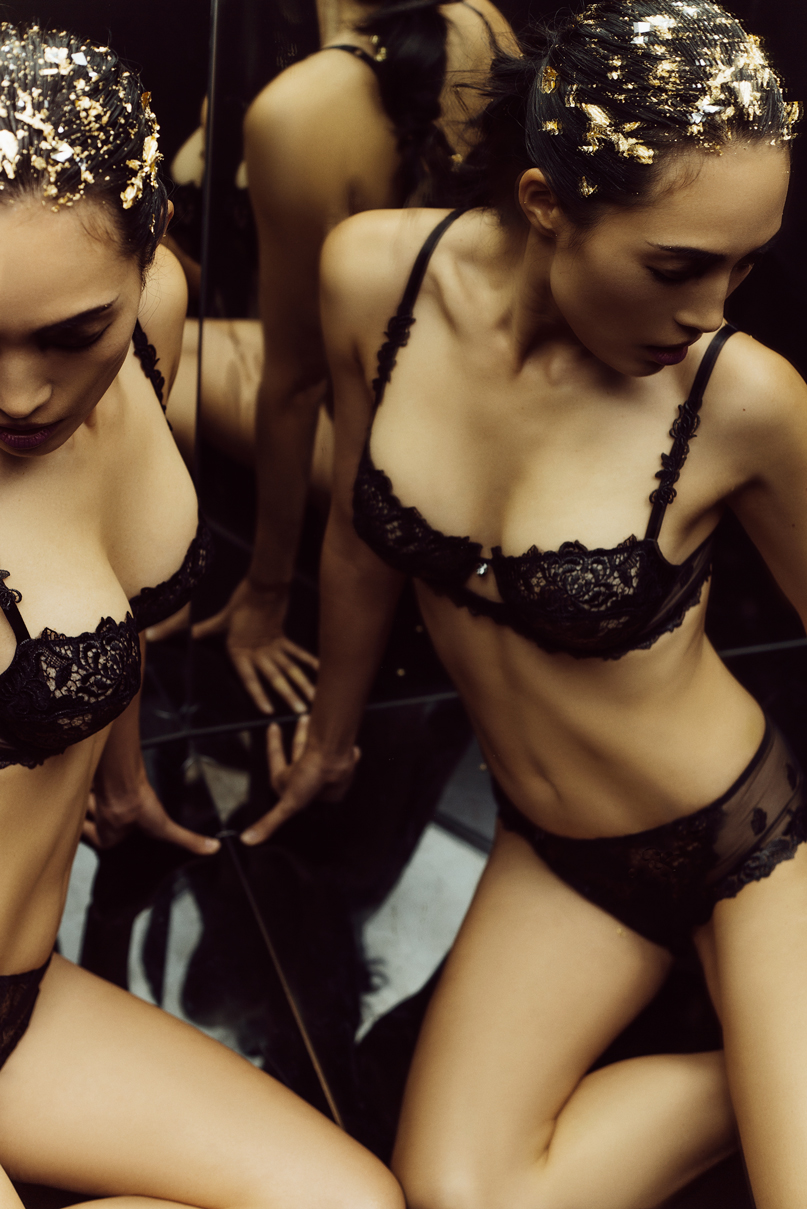 gia_goodrich_beauty_fashion_photographer_janes_vanity_lingerie_winter_look_book_s_17.jpg