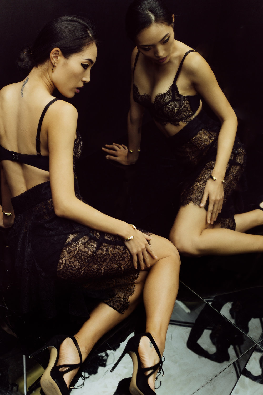 gia_goodrich_beauty_fashion_photographer_janes_vanity_lingerie_winter_look_book_11 copy.jpg