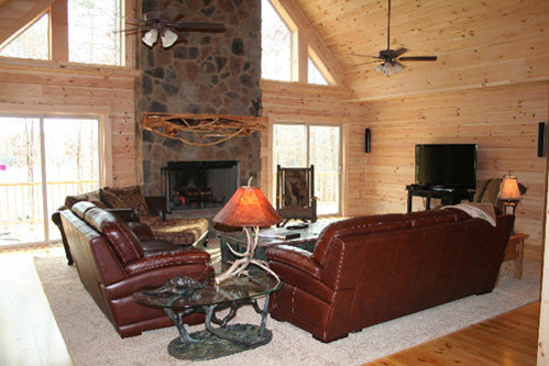 log-livingroom-mantle.jpg