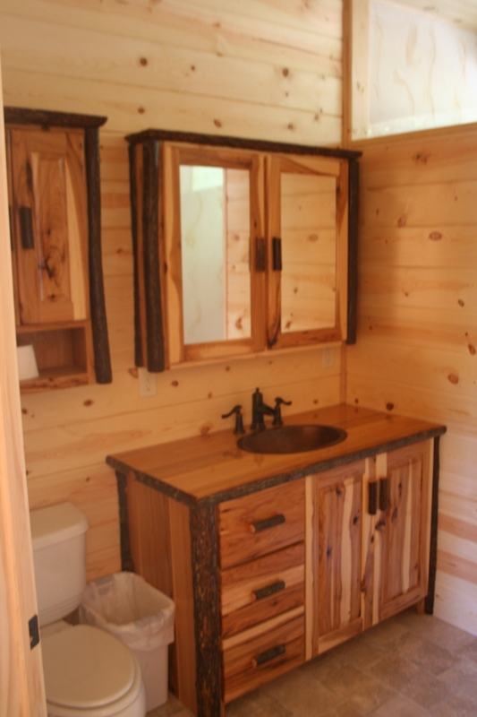 hickory-bathroom-vanity-494.jpg