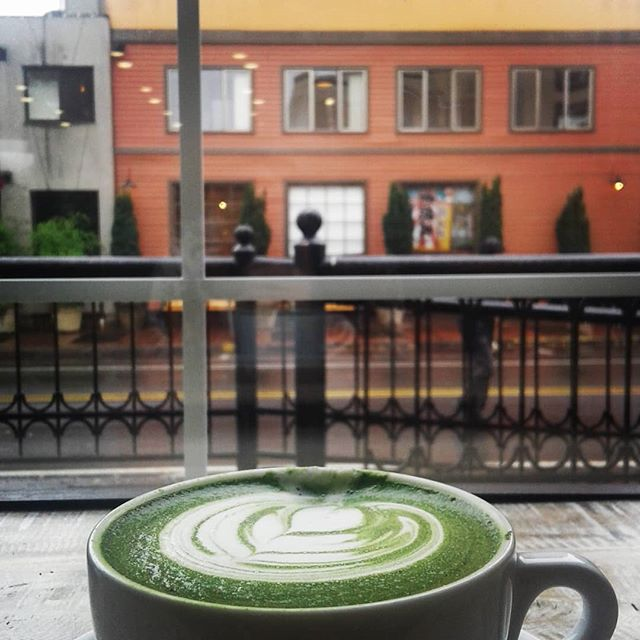 I want to move into this place and live in this window table spot. #macha #greentea #tea #ilovetea #view #amwriting #amwritingsciencefiction #timetravel #wayfarerschronicles