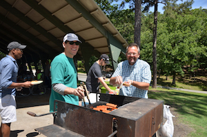 A COMMUNITY OF JEFFERSON ELEMENTARY DADS GRILLS OUT!