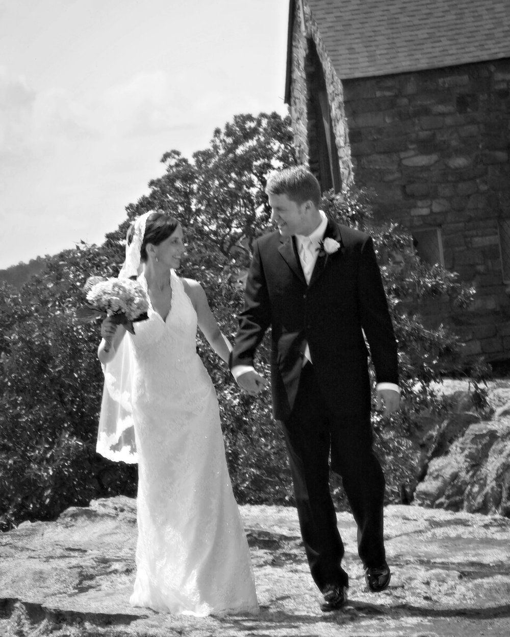 2006_Brock and Jen wedding walking.jpg