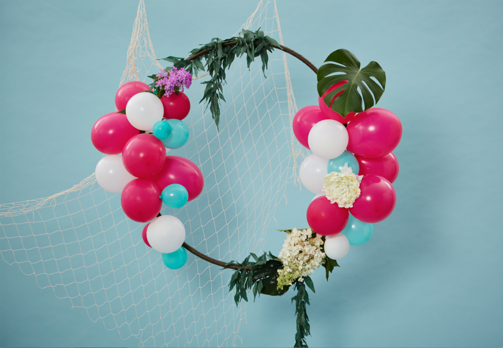 Hula Hoop Wreath DIY