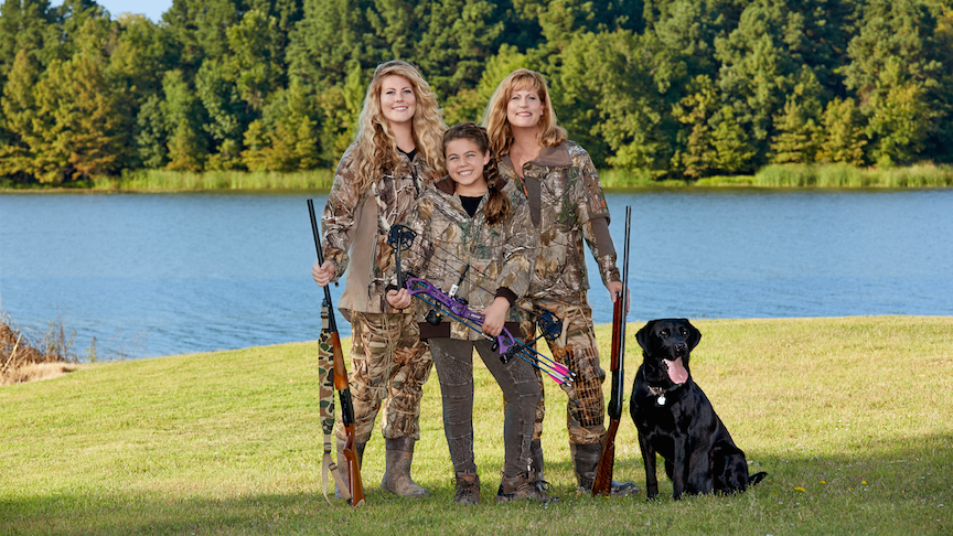 Mom bonds with daughters while duck hunting