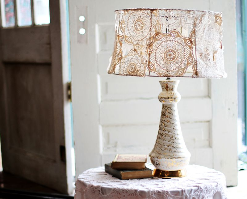 A Beautiful Mess - Doily Lamp Shade DIY